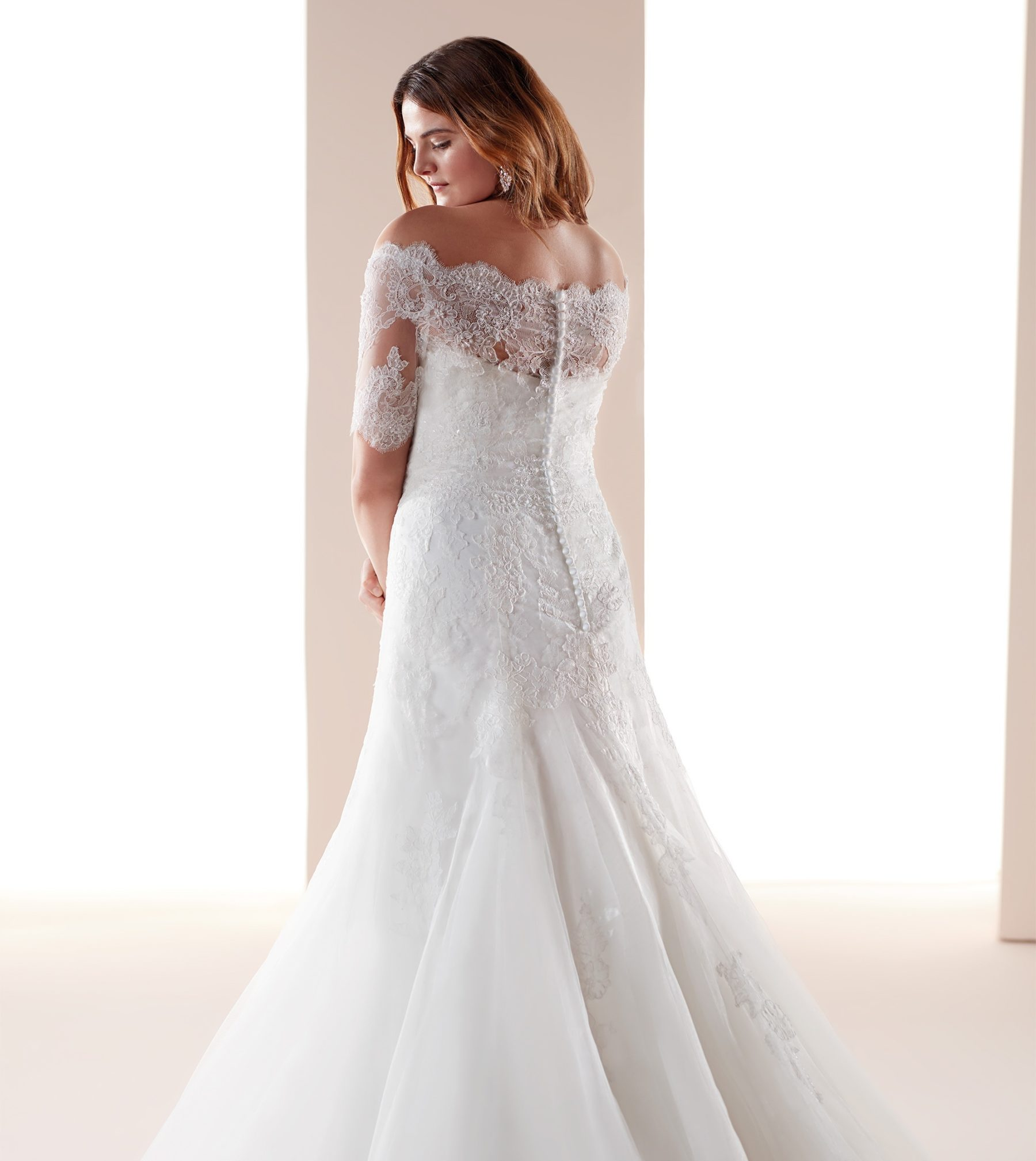 Ivory Pinks Bridal Boutique